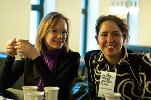 Die Wikipedia-Forscherinnen Johanna Niesyto und Mayo Fuster Morell